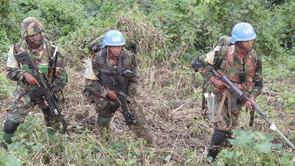 14 Casques bleus tués dans une attaque en RDC : le chef de l'ONU condamne un « crime de guerre »