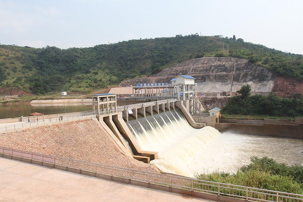 Kongo-Central : Le nouveau Barrage de Zongo 2, les ministres et la kyrielle d'accidents