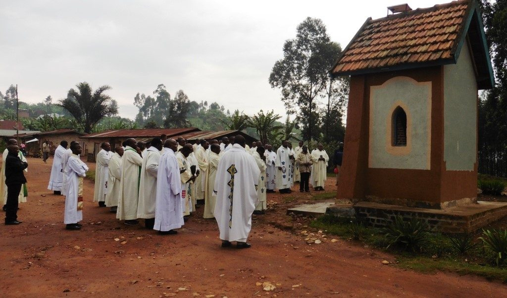 Nord-Kivu : Un an déjà sans nouvelles des Abbés Charles Kipasa et JP Akilimali enlevés en Paroisse Bunyuka