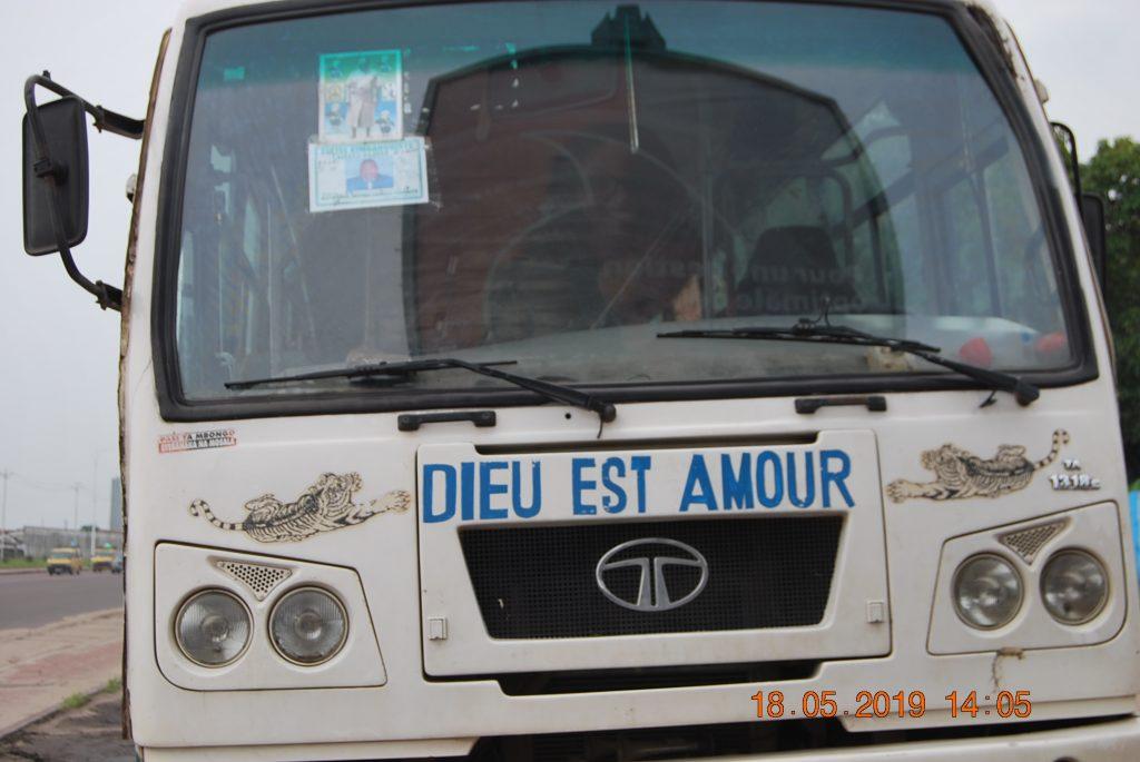 KONGO CENTRAL : Grave accident de route à Mbanza-Ngungu, Tshisekedi annule son voyage au Japon
