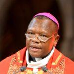 RDC : Le Cardinal Ambongo révoque un prêtre de Kinshasa pour insubordination